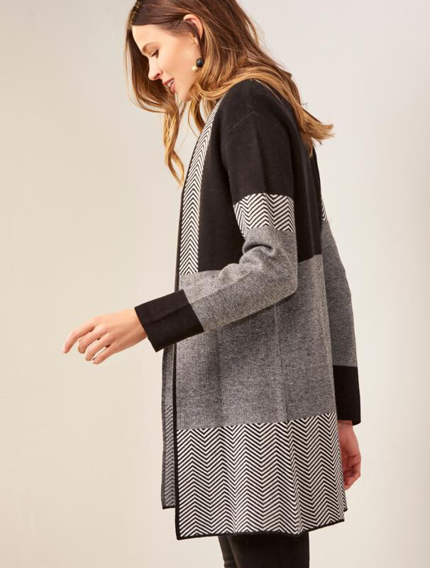 Charlie Paige - 405972 - cardigan knitted