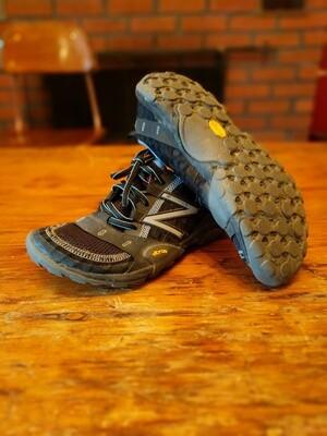 New Balance Minimus Z trail runners (women's size 7)