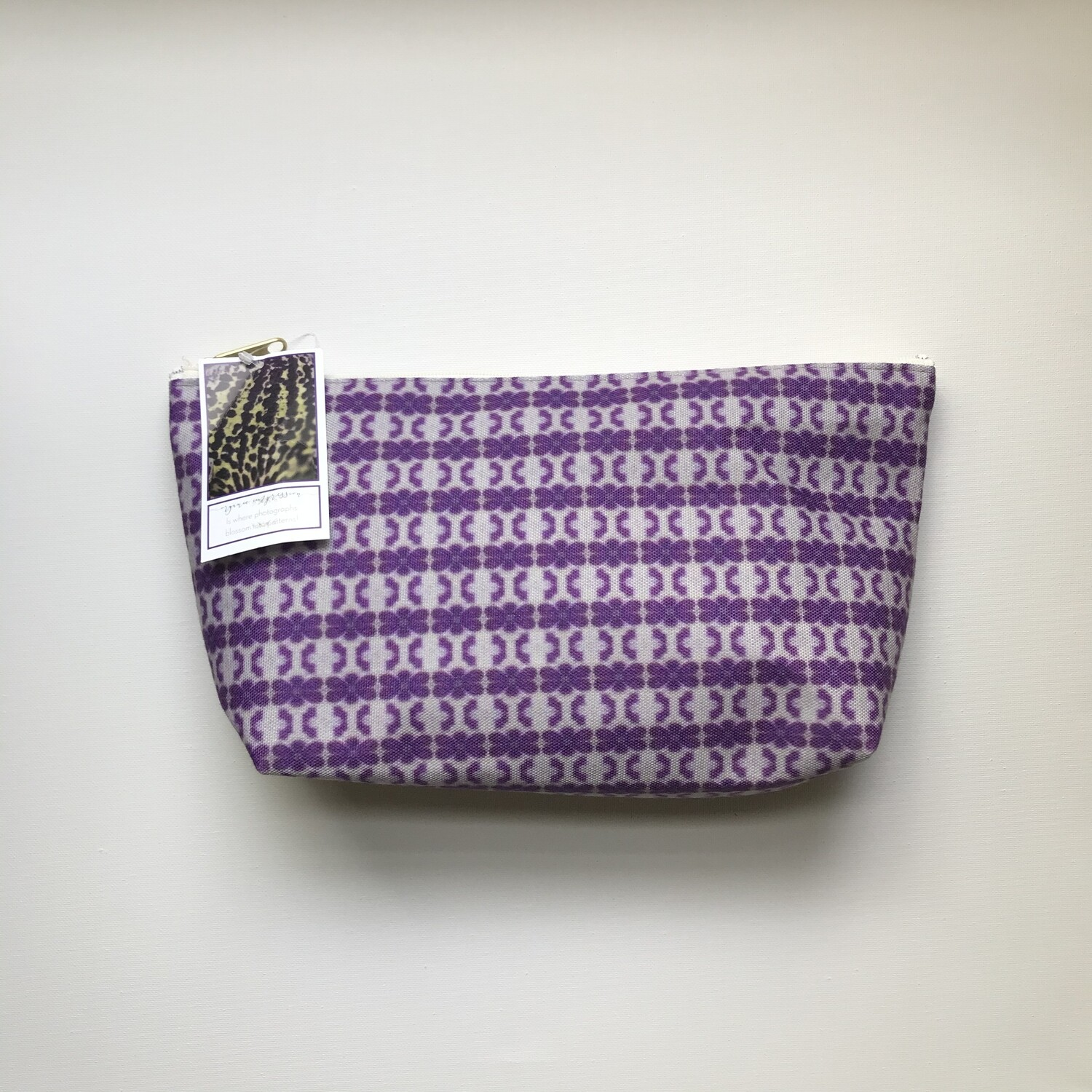 Organic Impressions Pouch - Large