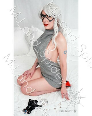 Marvel - Spider-Man - Black Cat - Spider-Killer Sweater No. 3 - 8x10 Cosplay Print (@MJ_and_Spidey, MJ and Spidey, Comics)