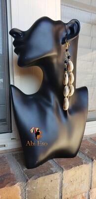 Kenyan Cowries with black beads  Earrings 🇰🇪
