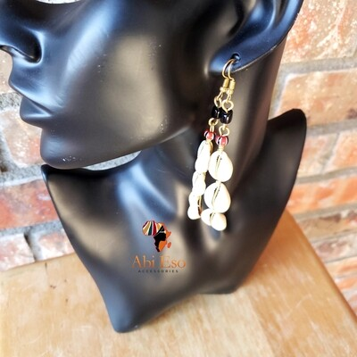 Kenyan Cowries with black and red stripped beads  Earrings 🇰🇪