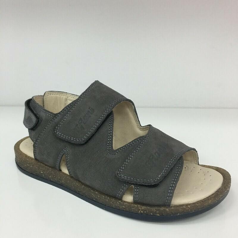 Туфли летние школьные