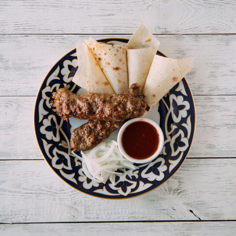 Люля-кебаб с говядиной и бараниной