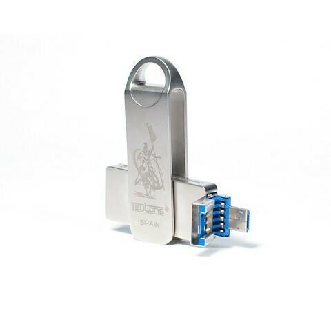 Teutons Metallic Knight Squared 32GB USB 3.1 Gen 1 Flash Drive