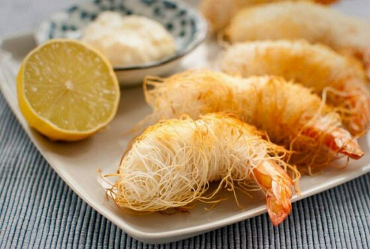 Gamberi in pasta kataifi con maionese all'arancia