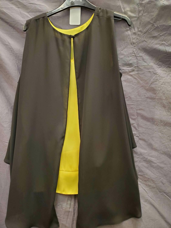 JR Blk/Yellow Sleevless Split Back