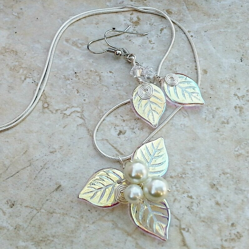 Winter Woodland Leaf Necklace Earring Set Silver or Gold