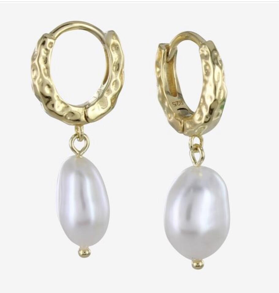 Pearl & Hoop Earring