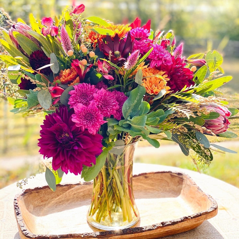 Large Autumn Arrangement:  Wednesday, 10/28