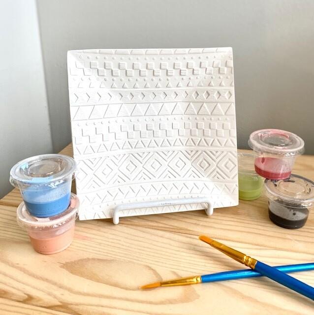 Geometric Pattern Textured Square Dish