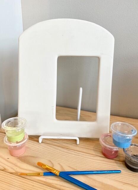 Arch Offset Frame