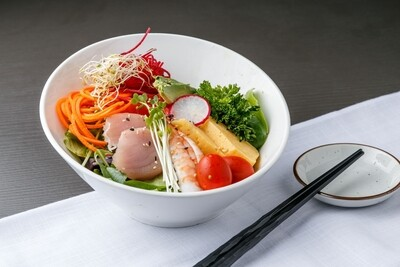 Sashimi Salad (House Dressing)