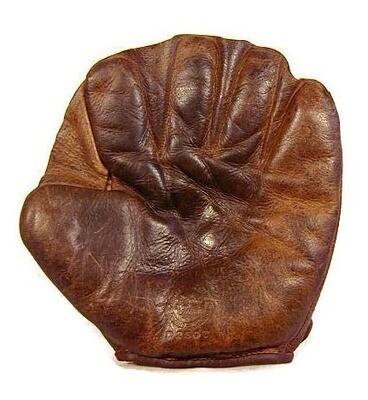 1910's Duck Web Glove by Ratsch Peerless