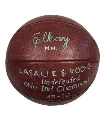1935 - 1936 Trophy Basketball Spalding