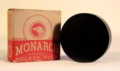 1940's Monarch Hockey Puck MINT in the Original Box