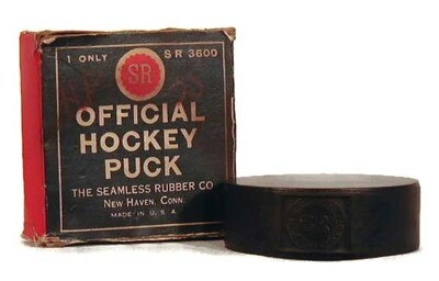 1910's Hockey Puck MINT in the Original Box