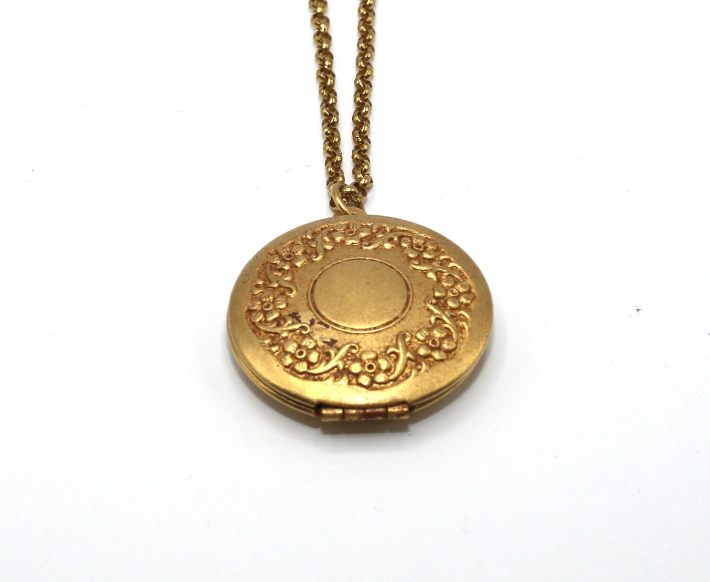 LOCKET MEDIUM ROUND Gold With Flower Etch Border