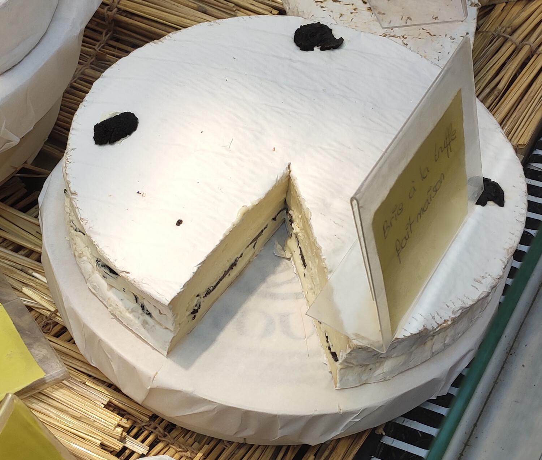 Brie à la truffe 150 g  environ