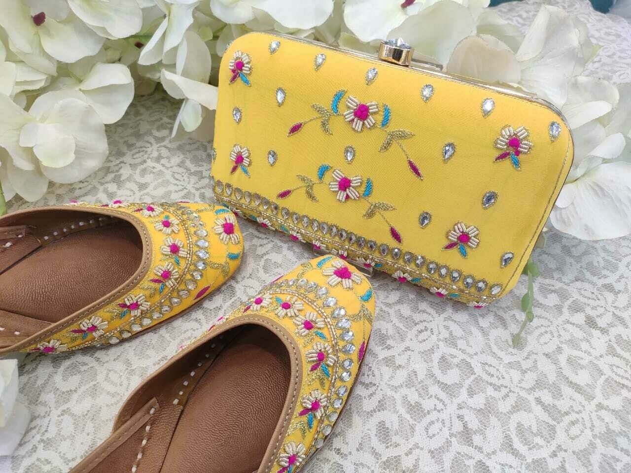 Hand Crafted Floral Yellow Mojaris