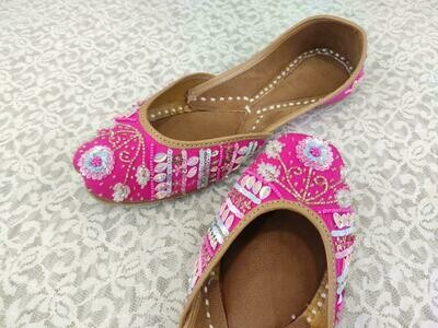 Hand Crafted Pink Floral Embroidered Mojaris