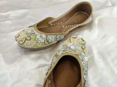 Hand Crafted Beige Embroidered Mojaris