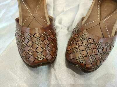 Hand Crafted Plain Brown Faux Leather Mojaris