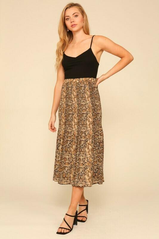 snake pleated skirt