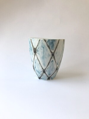 blue patterned (beaker)