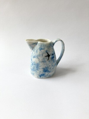 flying birds (jug)