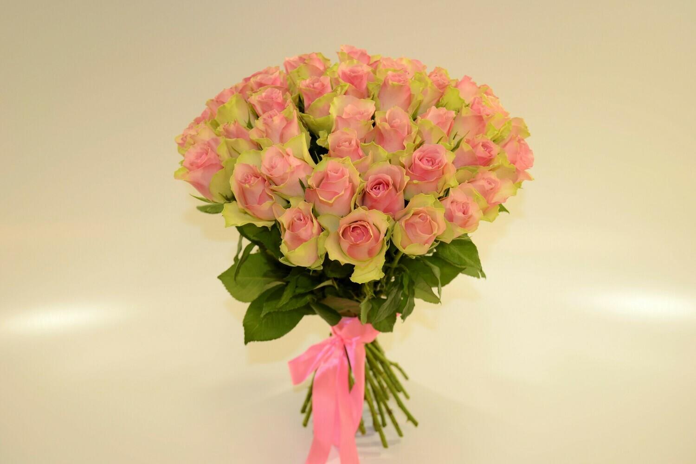 Роза Розово - зеленая Кения 40 см 35 шт
