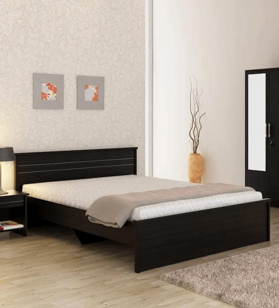 Roco Bed in Brown Color
