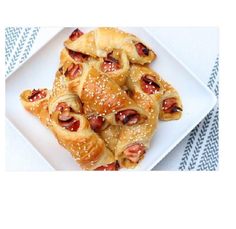 Mini Deli Roll in Puff Pastry