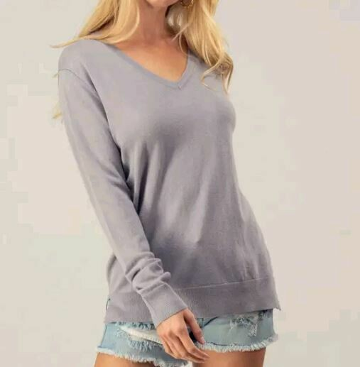 V Neck Knit - Grey