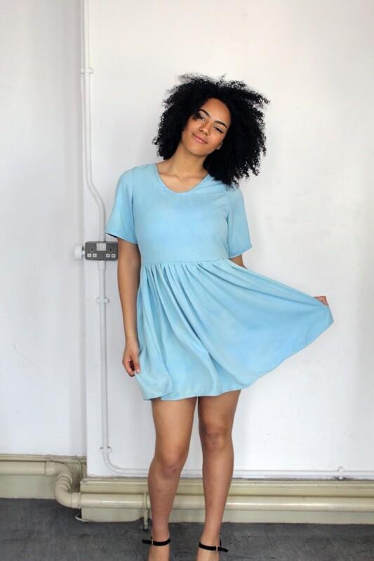 Miranda - V-Neck Dress