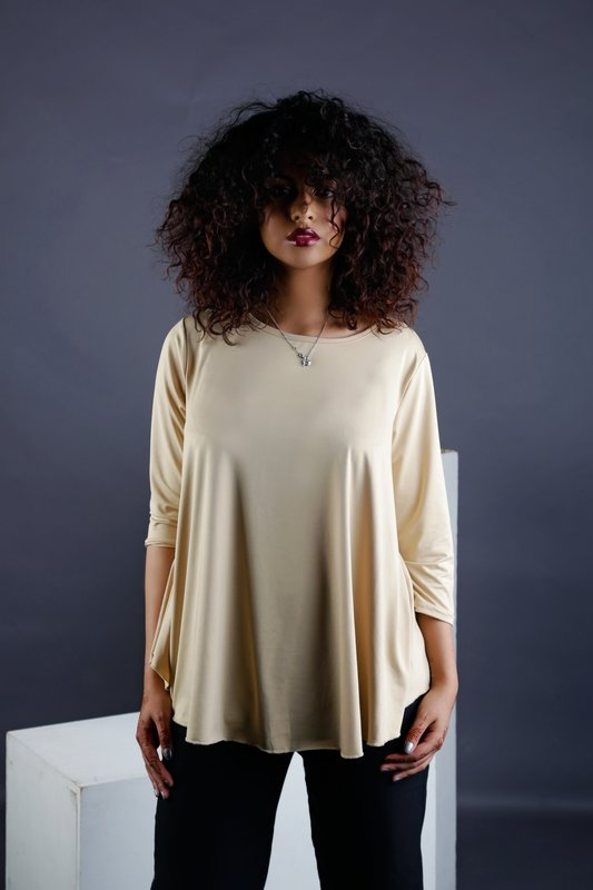 Angelica - Loose Fitted Top