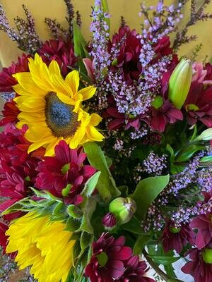 Bouquet of Vibrant Blooms