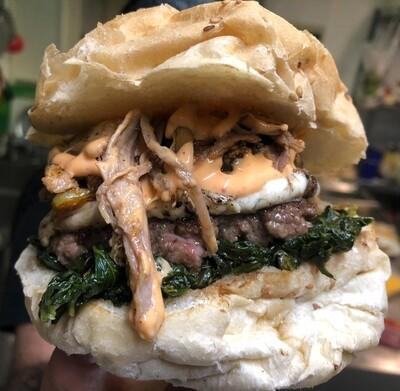 — Panino Del Mese — Bun Brioche, Hamburger, Provola, Pulled Pork, Broccoli, Rosti di patate, Maionese Piccante