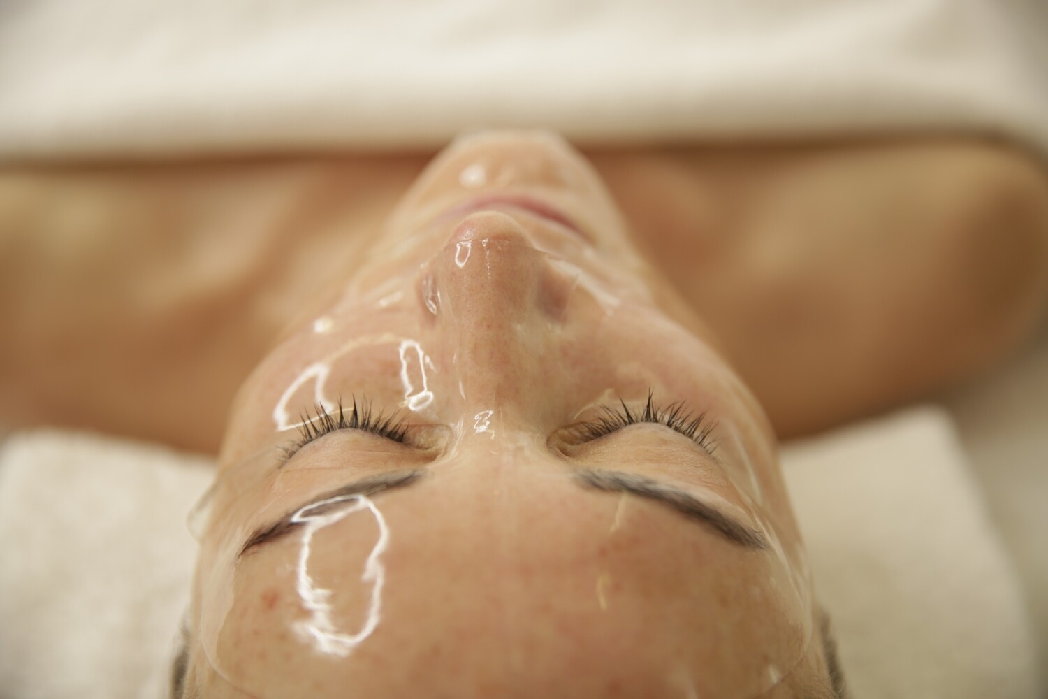 LUMAFUSE HYDROGEL Face Mask  (LED phototherapy Booster)