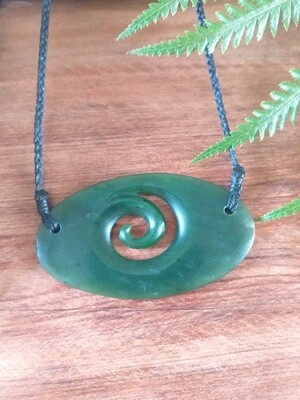 Kawakawa Jade (Pounamu) Spiral
