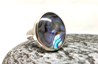 Oval Paua Shell Ring