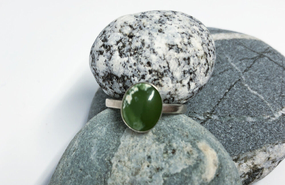 Flower Jade Oval Ring