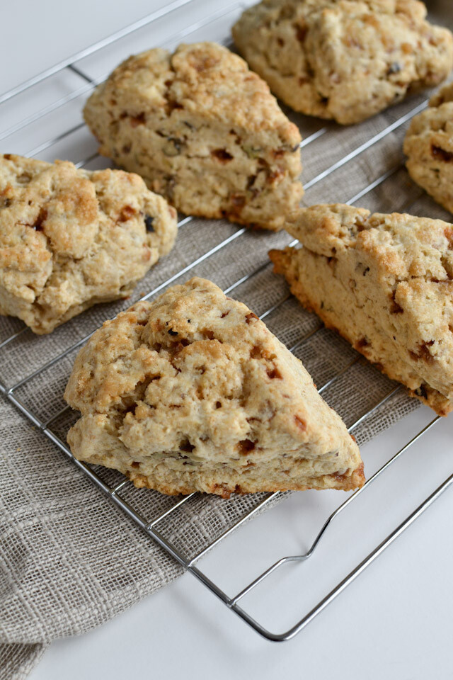 PASTRY - Toffee Scone