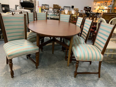 Oval Table Dining Set