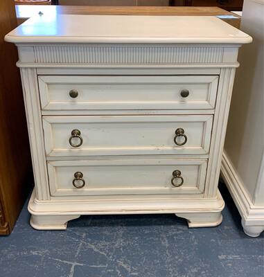 Creamy Petite Dresser