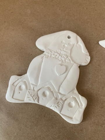 Paint Your Own Pottery - Ceramic   Bird Dog Christmas Ornament Painting Kit