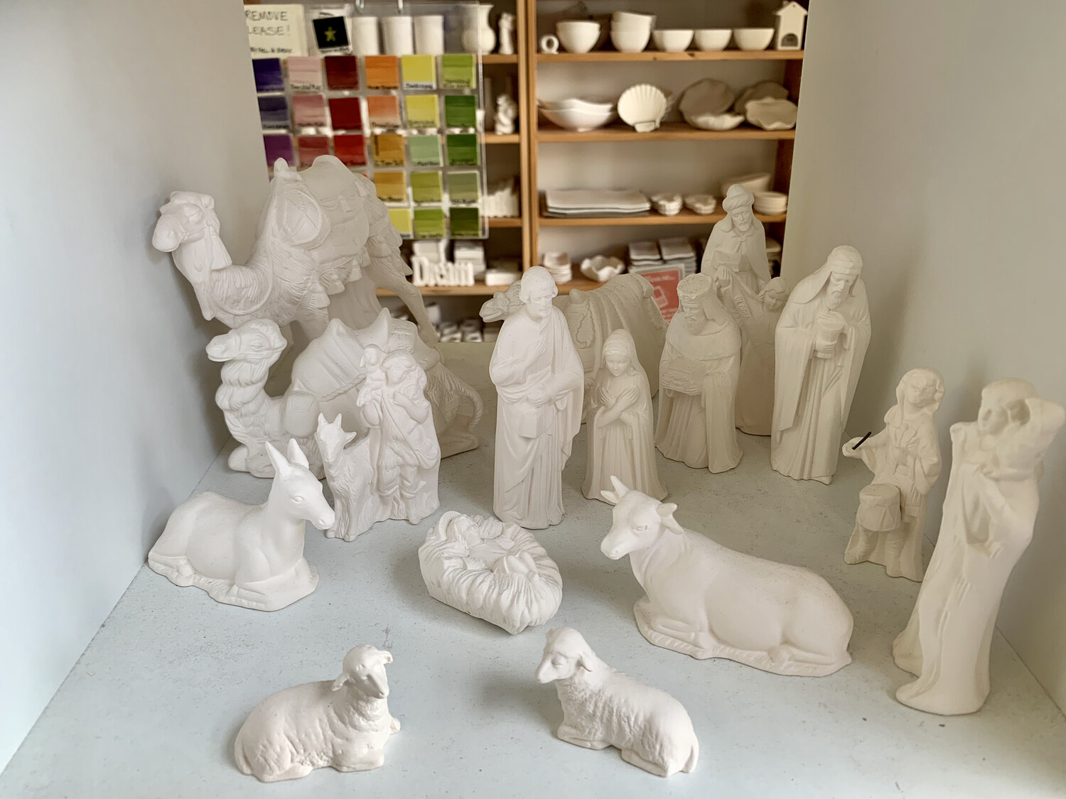 NO FIRE Paint Your Own Pottery - Ceramic   17 Piece Nativity Manger Set Painting Kit
