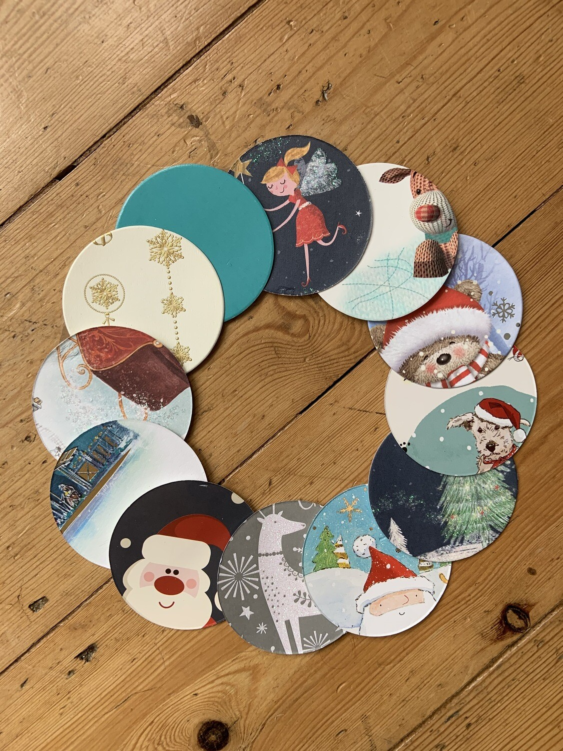 REcraft Christmas: baubles, wreaths and garlands pack