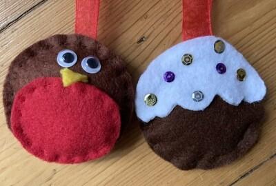 Christmas Pudding and Robin Decoration Kit