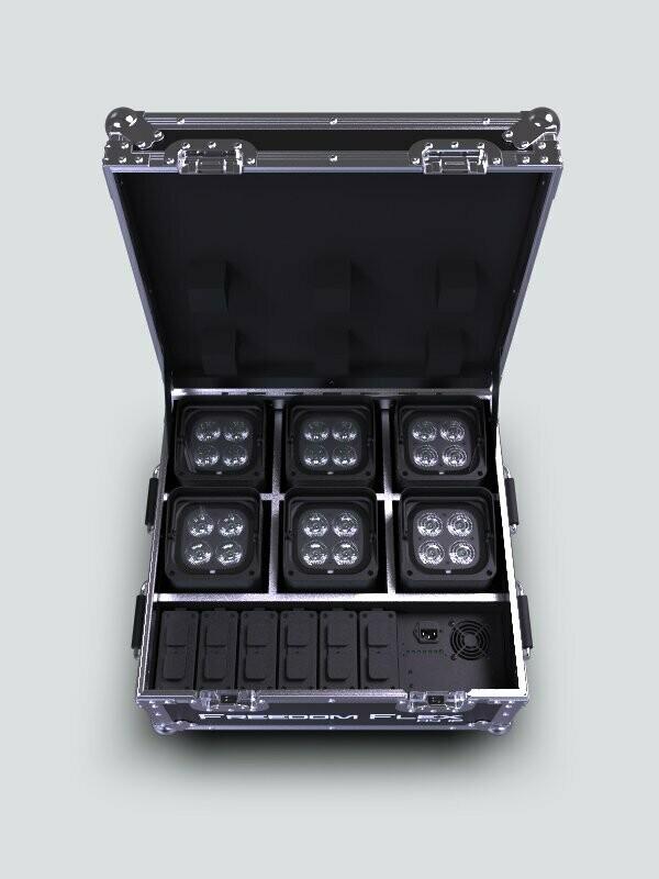 Chauvet DJ Freedom Flex H4 IPX6 - in charging case